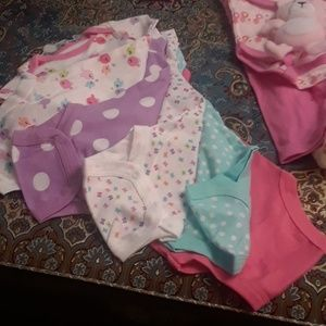 Gerber One Pieces - BABY CLOTHES